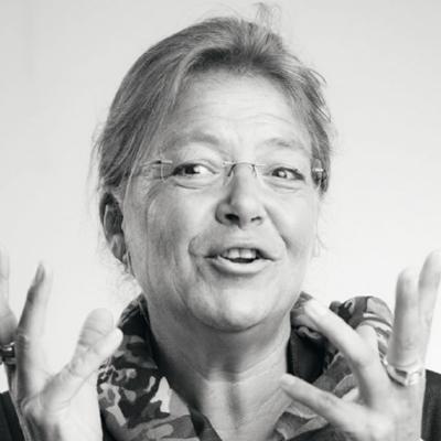 Dr. Steffi Junhold